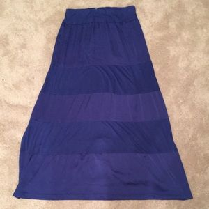 New York & Company Maxi Skirt. Women's size M.